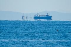 船が浮いて見える蜃気楼